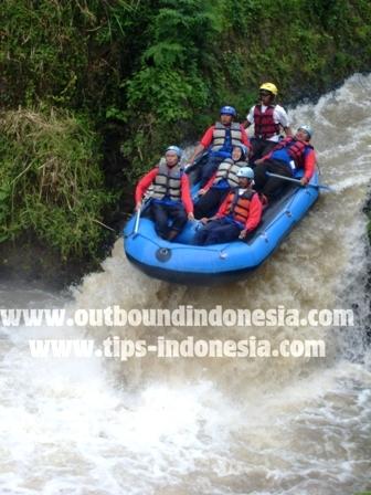 Rafting Kasembon Malang, PLN Surabaya