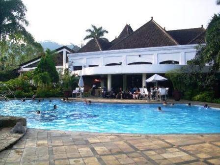 hotel kartika wijaya, www.raftingkasembonmalang.com, 081334664876