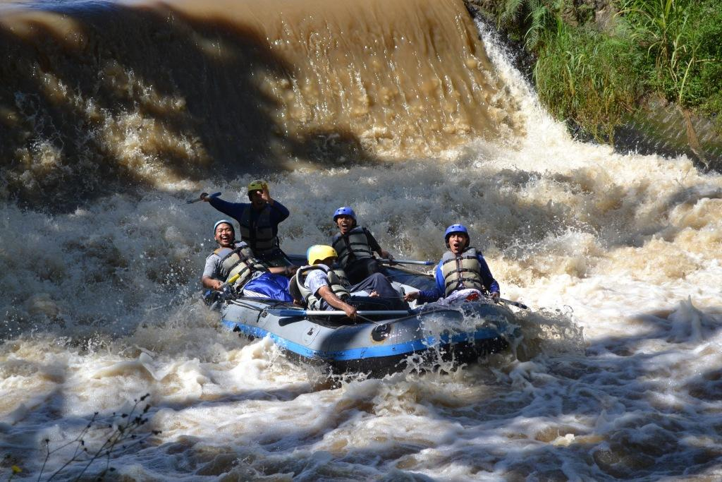 rafting kasembon malang, www. raftingkasembonmalang.com, 081334664876