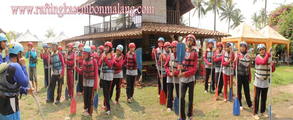 SERUNYA GAME OUTBOUND SISWA-SISWI SMA N 1 GRESIK RAFTING KASEMBON MALANG, www.raftingkasembonmalang.com, 081334664876