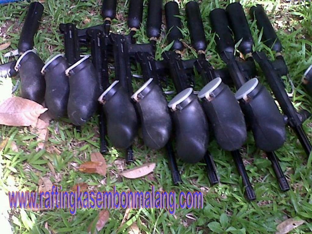 BERPETUALANG PAINTBALL DI BATU MALANG JAWA TIMUR, www.raftingkasembonmalang.com, 081334664876