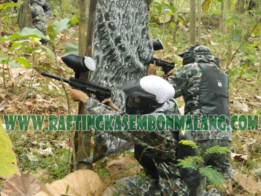 game paintball kasembon,  www.raftingkasembonmalang.com, 085755059965