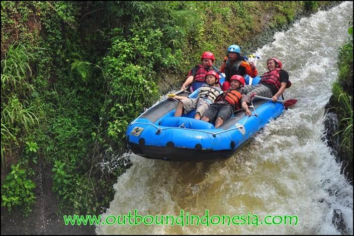 Serunya Rafting Kesambon Malang, www.raftingkesambonmalang.com, (0341) 5032699